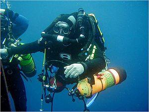 VietXuanGas cung cấp khí Helium dùng trong hỗn hợp thở