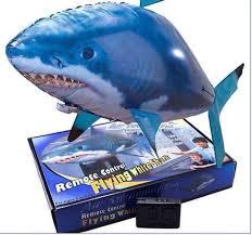 đồ chơi cá bay món quà dành cho bé